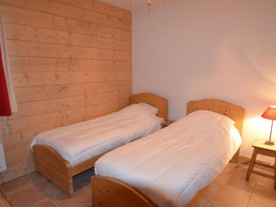 Photo for Surface area : about 52 m². Ground floor. Orientation : South, West. Living room with settee, DVD