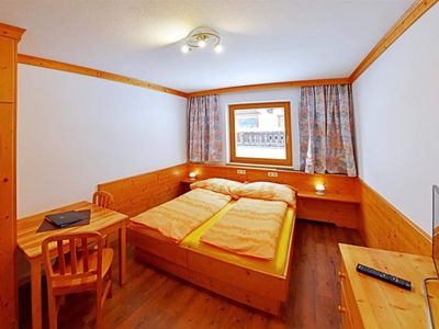 Photo for Family Room, Shower, Toilet, Balcony - Alpenpension GASTEIN