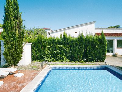Photo for 3 bedroom Villa, sleeps 6 in Pals with Pool