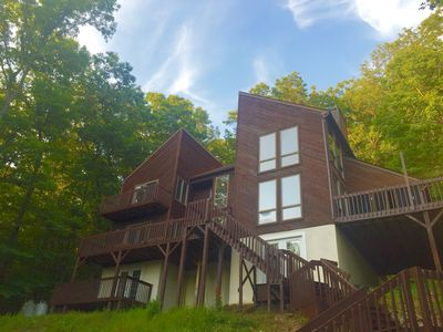 Beautiful Modern Lodge! Pool Table,8 TVs,WiFi,Linens/Towels provided, Central AC