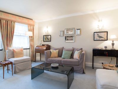 Photo for UP TO 20% OFF - Cosy 1 bed flat next to Leafy Wimbledon Common (Veeve)