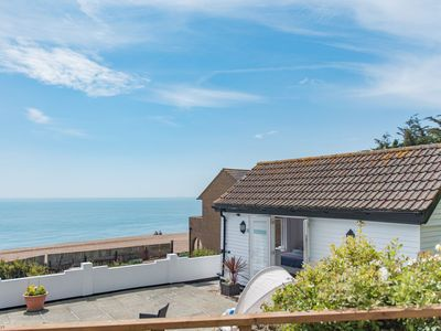Photo for Pebbles charming seaside lodge with sea views