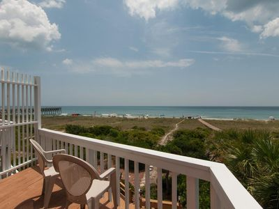 Photo for Contemporary oceanfront townhouse just south of Crystal Pier