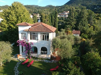 Photo for Luxurious Villa in Gardone Riviera with Splendid Garden and 180° Lake View