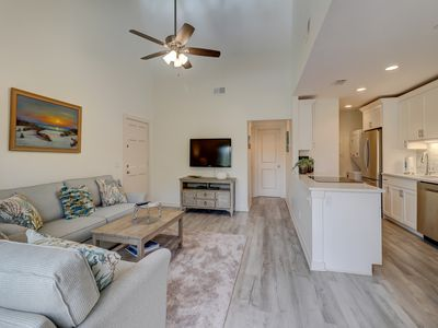 Photo for 2338 Racquet Club Villas Sea Pines - 1 Bedroom - Ride to Beach Villa
