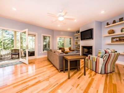 Photo for Union Pier Condo with Association Heated Pool. Close to Beach and Downtown!