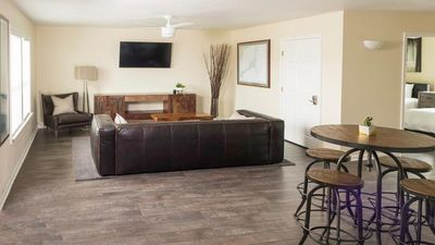 Photo for Oceanside Great for Kiteboarding, Surfing and Foiling Watermen's Cabana 2B