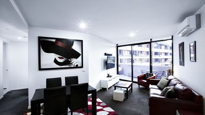 Photo for Gateway to Melbourne, 2 Bed 2 Bath Spacious Apartment