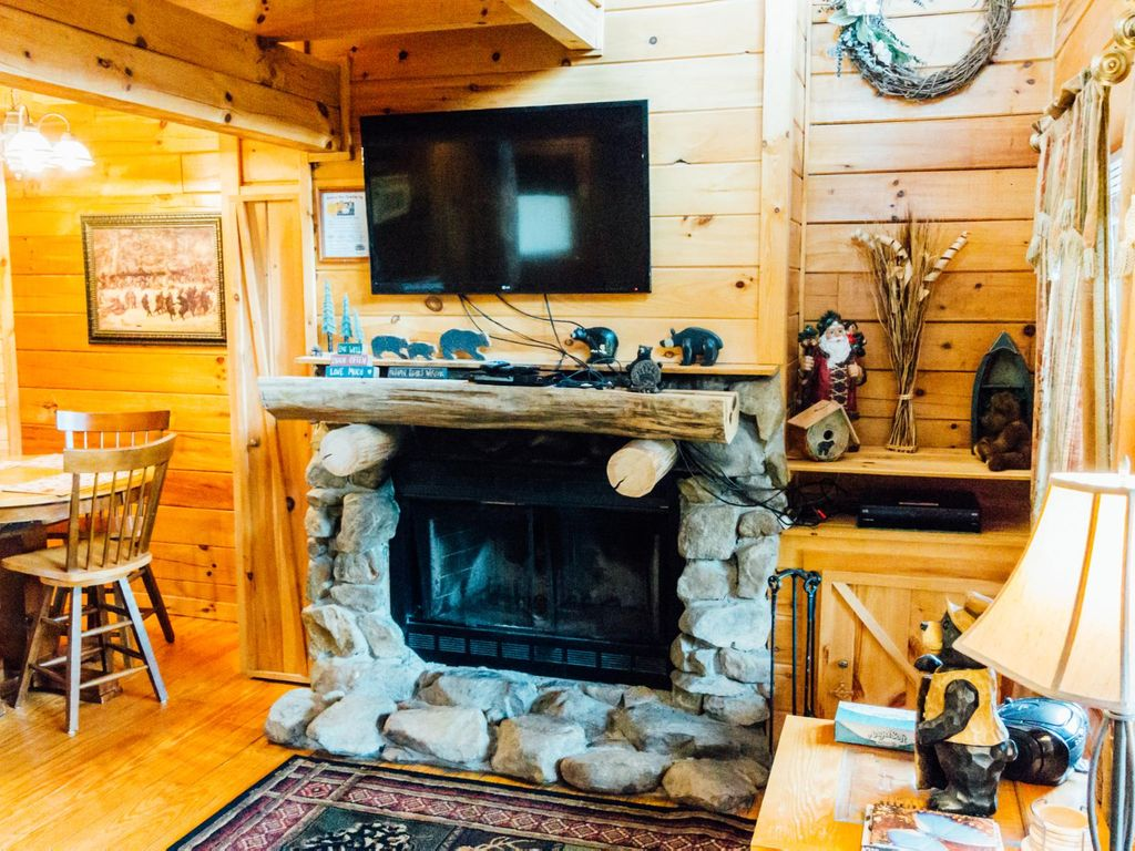 Rates Reduced Through Summer Log Cabin W Scenic Views
