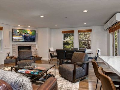 Photo for Located IN City Park! Walk to Resort! Private Hot Tub –Huge Kitchen/Dining Area