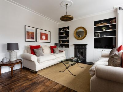 Photo for Cowley Road - luxury 3 bedrooms serviced apartment - Travel Keys