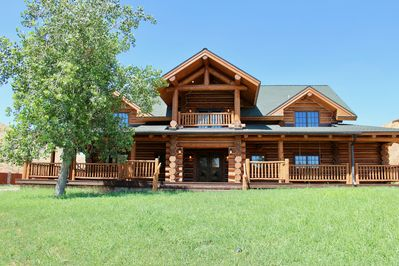 The picturesque log home you have always pictured for your vacation.