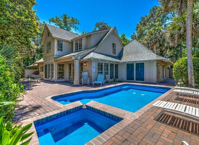 Fabulous pool and patio area at 4 Pyxie in Sea Pines