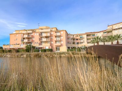 Photo for Apartment Les Rives du Lac in Port Camargue - 4 persons, 2 bedrooms