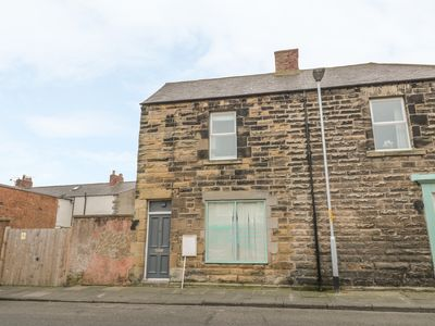 Photo for ANNA'S COTTAGE, romantic in Amble, Ref 1002535