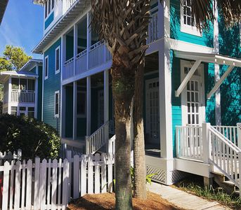 Photo for Panoramic Views of Seaside, 3rd Floor Tower, Large Porches, Sleeps 6!