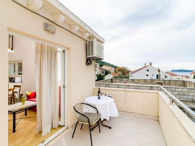 Photo for One bedroom apartment with terrace and sea view Dubrovnik