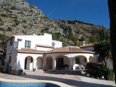 Photo for Villa Rosa, Beautiful family holiday villa. Sleeps 8 Plus Cot,