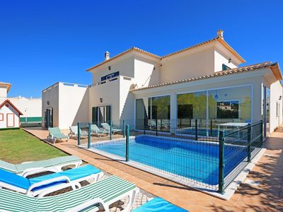 Photo for Apartment 912 m from the center of Albufeira with Internet, Pool, Air conditioning, Terrace (516478)