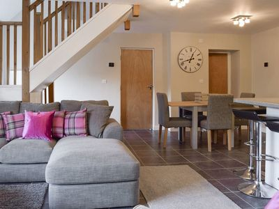 Photo for 2 bedroom accommodation in Alvescot, near Bampton
