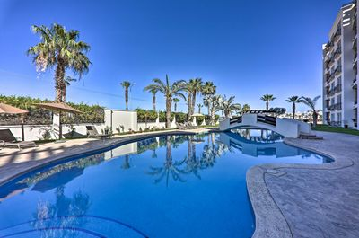This condo is located in the Puerta Cabos Village with resort amenities!