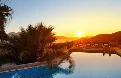 Photo for PANORAMIC VILLA 450m² - SWIMMING POOL WITH SEA VIEW