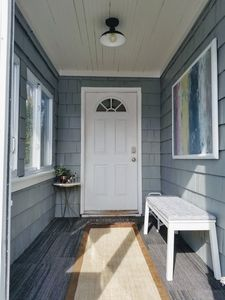 Photo for Cozy, Family Friendly Home. Walk to Downtown Ferndale. Close to 9 mi & Woodward.