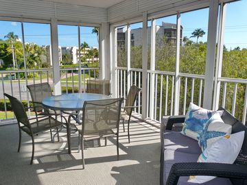 Southern Breeze Gardens (Marco Island, Florida, United States)