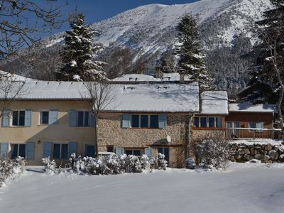 Photo for Large charming mountain retreat for 12, close to ski slopes and lake