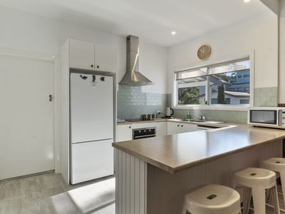 Photo for Modern Cottage in the Heart of Huskisson
