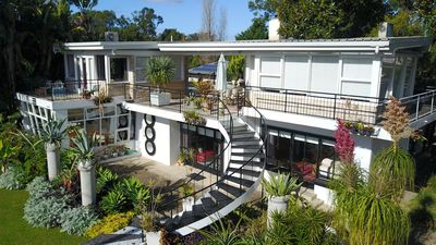 Photo for BelAir - a mid century pad in the heart of Berry