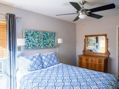Photo for 100% solar-powered Private & comfy 1-bdrm, all new windows + jacuzzi + EASY PKNG