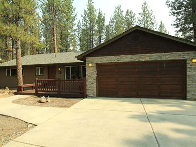 Photo for Home in Tollgate Sleeps Up To 6 Short Walk to the Tollgate Seasonal Pool Minutes to Downtown Sisters