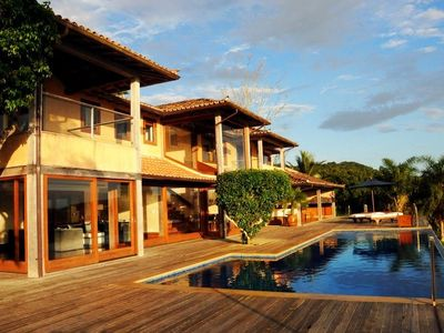 Photo for Buz034 - Luxury house with 4 suites, pool and sea view in Búzios