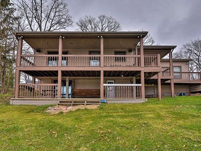 Photo for Cozy Lakefront Lapeer House w/ 3 Paddle Boats!