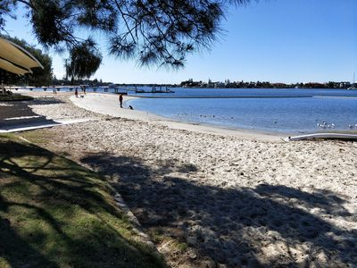 Photo for 4BR Apartment Vacation Rental in Hollywell, QLD