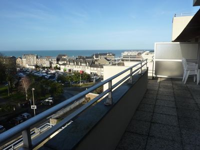 Photo for apartment in quiet residence close to shops and the sea