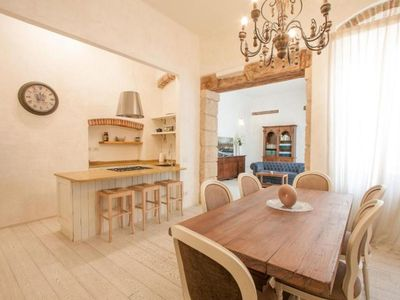 Photo for Spacious Mary House apartment in Verona with air conditioning.