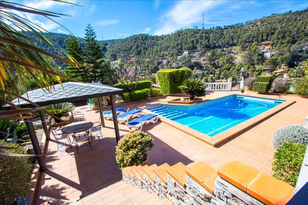 Catalunya Casas Beautiful Mountain Villa In Torrelles With Private Pool 15km From Barcelona