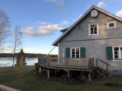 Photo for Fully equipped holiday home directly by the lake and with nature as a neighbor!
