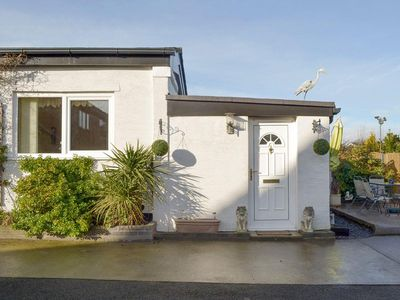 Photo for 1 bedroom property in Rhyl and Prestatyn. Pet friendly.
