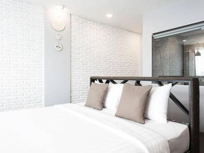 Photo for Elegant Deluxe Room 1 km Nimman Haemin