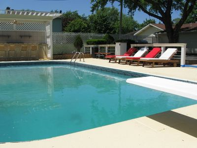 Photo for Luxurious Sunset Shores Retreat with Private Pool (open April 15-Oct 31) and Beach Access!