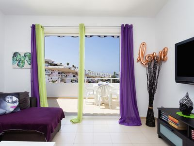Photo for Sunny apartment with sea views