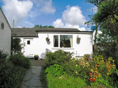 Photo for 1 bedroom property in Abersoch. Pet friendly.