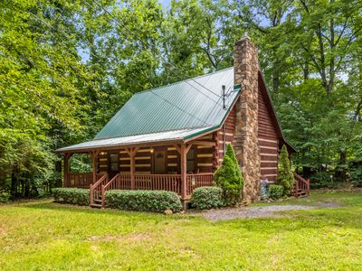 Photo for Southern Comfort - Two Bedroom Chalet, Sleeps 6