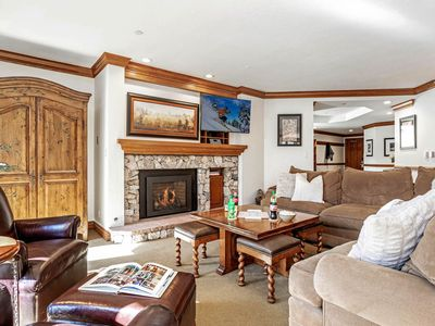Photo for BC Lodge at Covered Bridge with Pool, Hot Tub, Fitness Room, Fireplace, AC