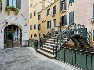 Photo for Charming suite w/ WiFi & high ceilings - walk to St. Mark's Square & more!