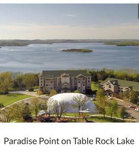 Photo for Six days in paradise at Paradise Point on Table Rock Lake, Missouri