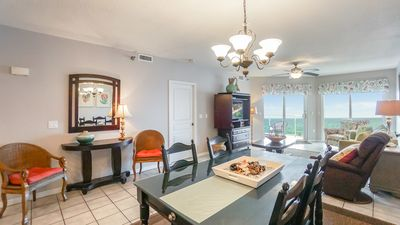 Photo for Dazzling Beachfront Condo! Heated Pool & Spa! Free Beach Chairs and Umbrella!